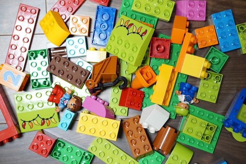 レゴブロック 何歳まで使える?